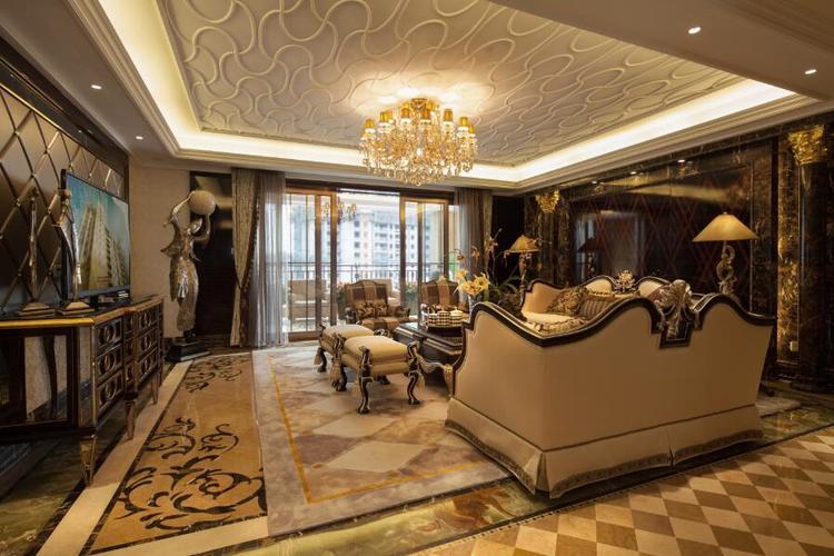 东湖国际欧式风格效果图之客厅