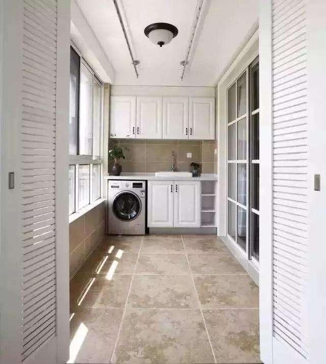 阳台洗衣柜